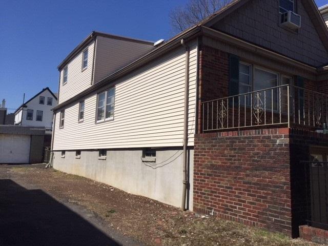 34-36 West 55Th St, Bayonne, NJ 07002 (MLS #180007435) :: Keller Williams City Life Realty
