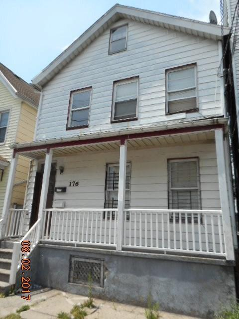 179 Parker St, Newark, NJ 07104 (MLS #180010544) :: The Trompeter Group