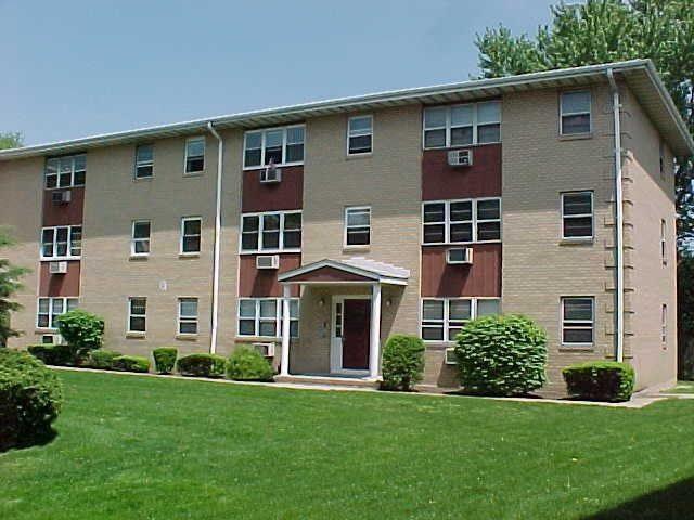 2 Radio Ave B12, Secaucus, NJ 07094 (MLS #180011424) :: The Trompeter Group