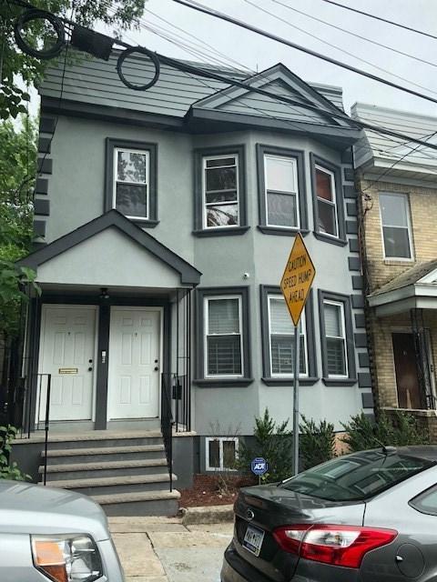 9 Montrose Terrace, Irvington, NJ 07111 (MLS #180012331) :: The Trompeter Group