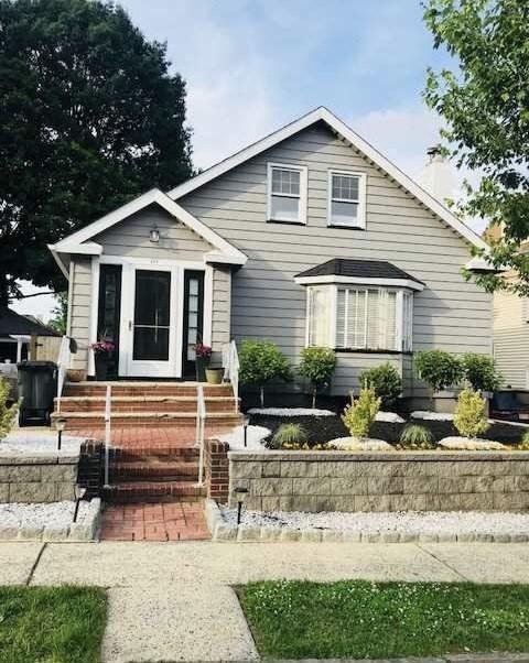 111 Stuyvesant Ave, Kearny, NJ 07032 (#180013043) :: Daunno Realty Services, LLC