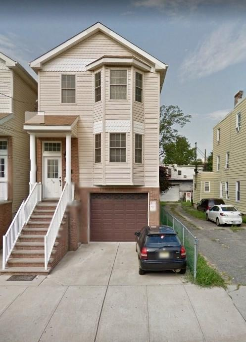 59 Storms Ave #2, Jc, Journal Square, NJ 07306 (MLS #180013287) :: The Trompeter Group