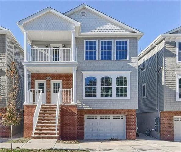 68 West 52Nd St, Bayonne, NJ 07002 (MLS #180013397) :: The Trompeter Group