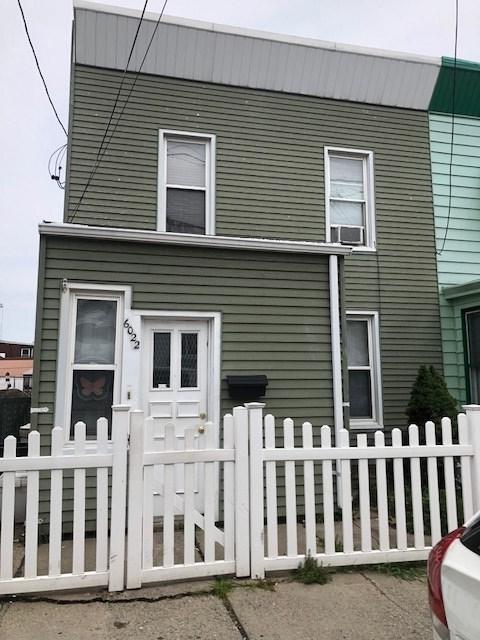 6022 Madison St, West New York, NJ 07093 (MLS #180013454) :: Marie Gomer Group