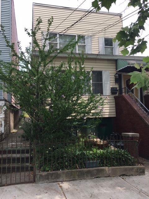 64 Charles St, Jc, Heights, NJ 07307 (MLS #180013767) :: Marie Gomer Group