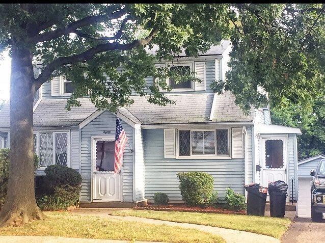 80 Franklin Ave, Fairview, NJ 07022 (#180018228) :: Group BK