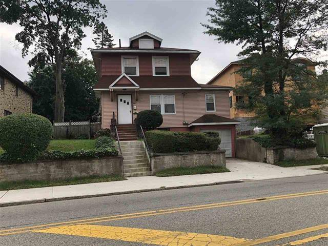 254 Grand Ave, Palisades Park, NJ 07650 (MLS #180019466) :: The Trompeter Group
