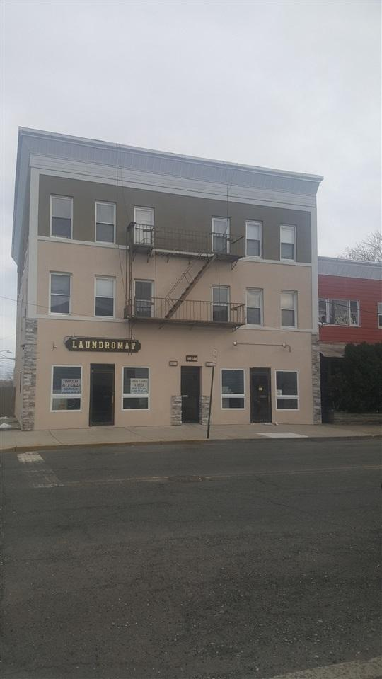186-188 Avenue F, Bayonne, NJ 07002 (MLS #180020005) :: The Sikora Group