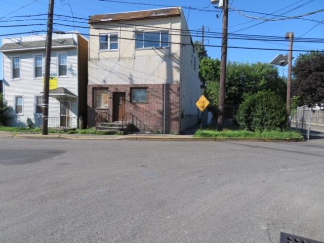 15-17 Henry St, Secaucus, NJ 07094 (#180020892) :: Group BK