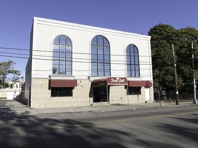 819 West Side Ave, Jc, Journal Square, NJ 07306 (MLS #180023389) :: The Trompeter Group