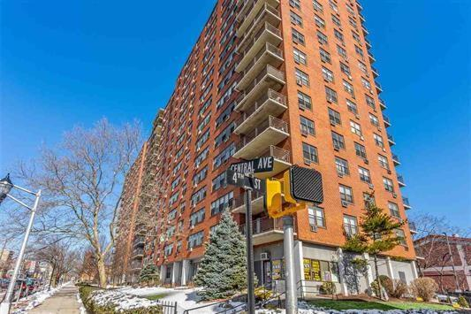 500 Central Ave #1610, Union City, NJ 07087 (MLS #190005097) :: The Trompeter Group