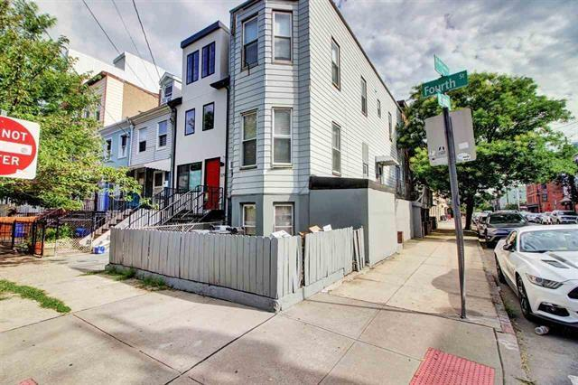 329 1/2 4TH ST, Jc, Downtown, NJ 07302 (MLS #190007676) :: PRIME Real Estate Group