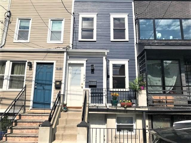 427 Monmouth St, Jc, Downtown, NJ 07302 (MLS #190009796) :: The Trompeter Group