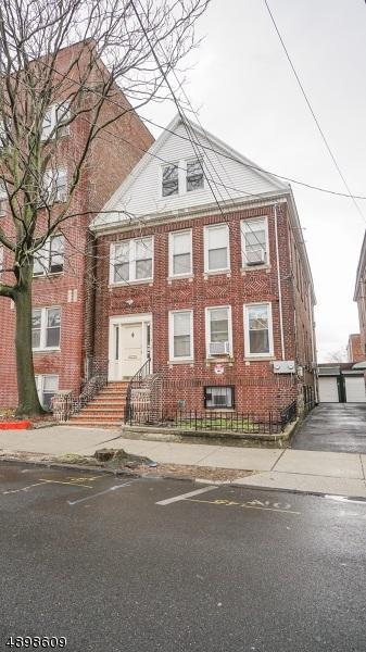 9 Van Houten Ave, Jc, West Bergen, NJ 07305 (MLS #190009996) :: The Trompeter Group