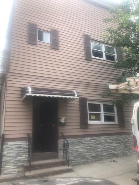 311 68TH ST, Guttenberg, NJ 07093 (MLS #190010921) :: The Trompeter Group