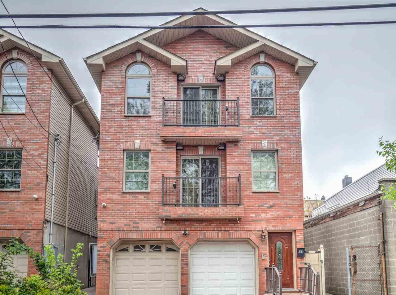 54 Dales Ave - Photo 1