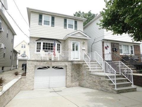 45 West 38Th St, Bayonne, NJ 07002 (MLS #190013768) :: The Trompeter Group