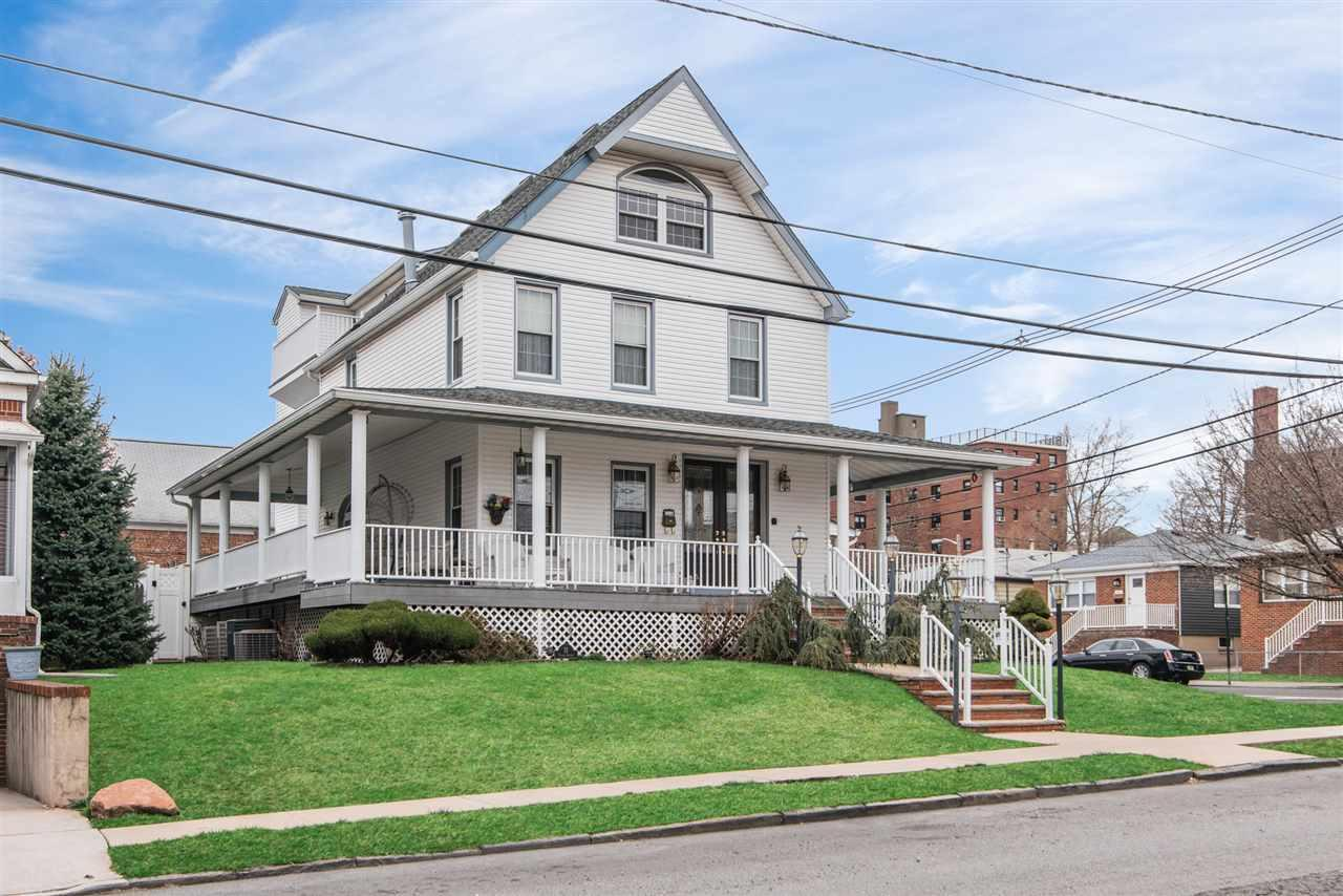 21-23 Trask Ave - Photo 1