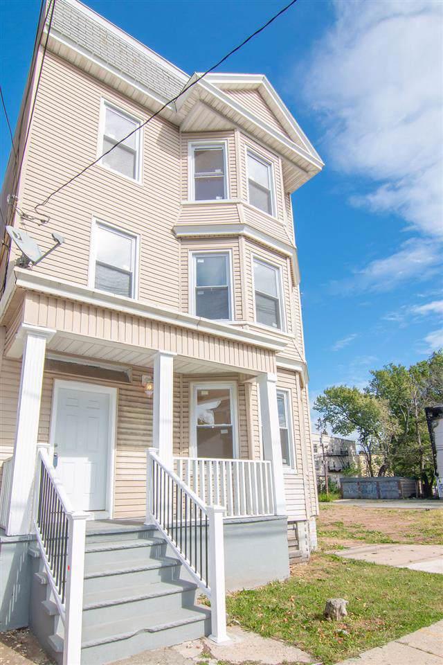 481 Avon Ave, Newark, NJ 07108 (MLS #190020647) :: The Sikora Group