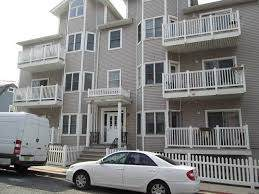 4501 Bergenwood Ave #8, North Bergen, NJ 07047 (MLS #190020719) :: The Trompeter Group
