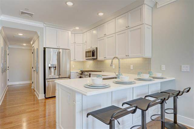 28 Bright St 401A, Jc, Downtown, NJ 07302 (MLS #190021248) :: The Trompeter Group