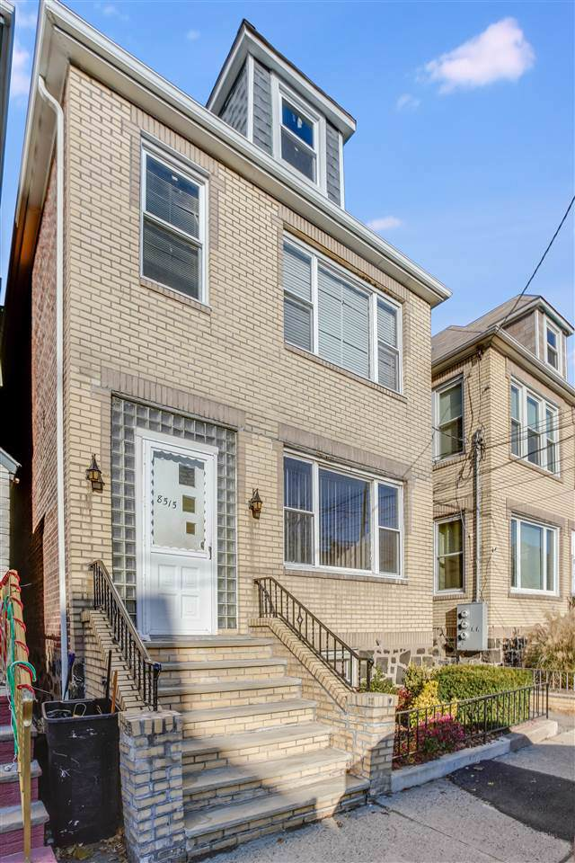 8515 2ND AVE, North Bergen, NJ 07047 (MLS #190023105) :: The Sikora Group