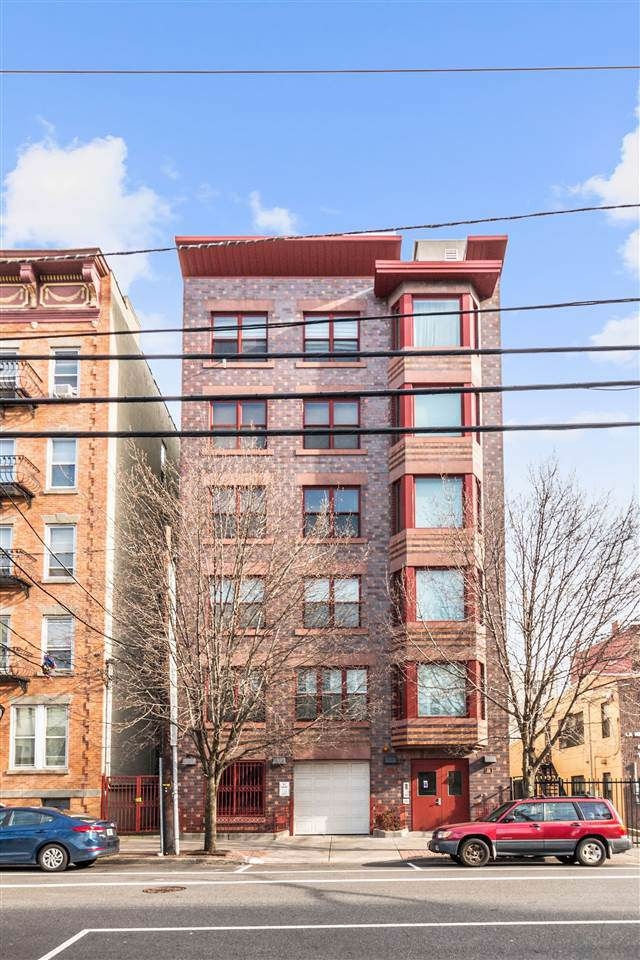 323 Jackson St #302, Hoboken, NJ 07030 (MLS #202001605) :: The Trompeter Group