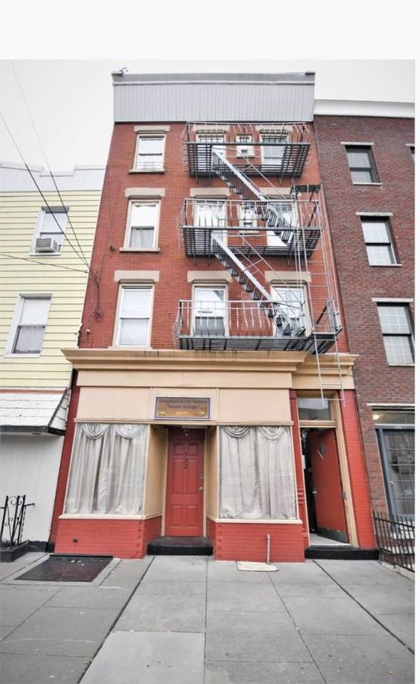 322 3RD ST, Jc, Downtown, NJ 07302 (MLS #202003314) :: The Trompeter Group