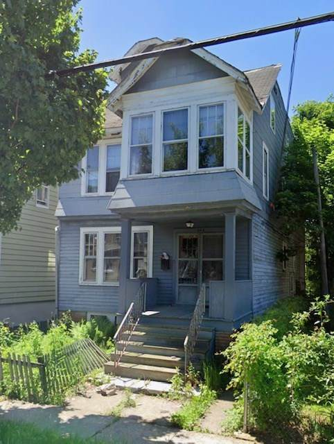 546 Chestnut Ave, Orange, NJ 07103 (MLS #202003448) :: The Sikora Group