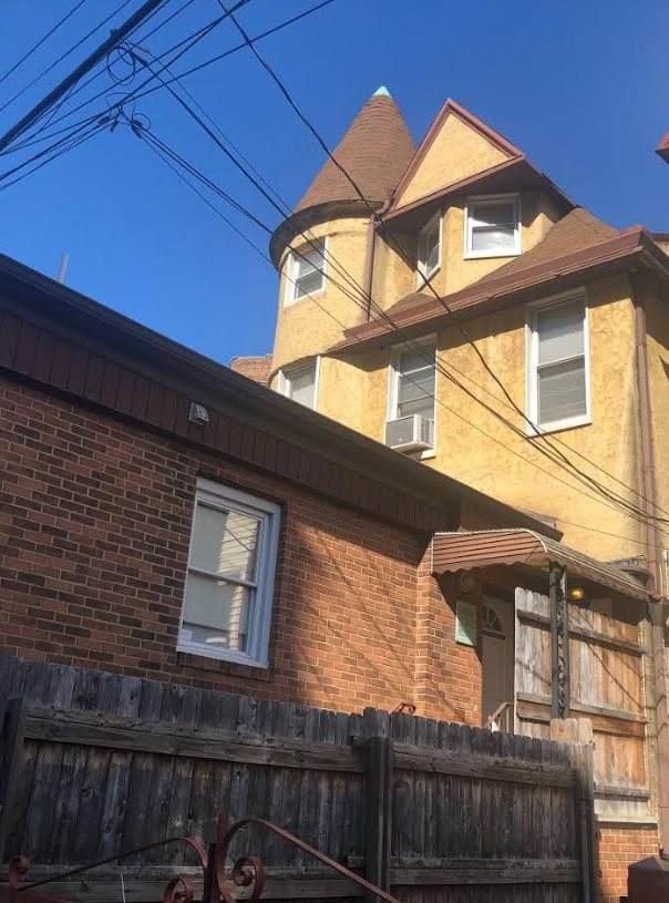 312 Academy St #2, Jc, Journal Square, NJ 07306 (MLS #202003478) :: Hudson Dwellings