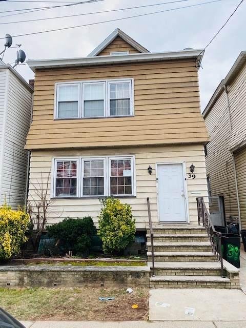 39 Kulik St, Clifton, NJ 07011 (MLS #202003763) :: RE/MAX Select