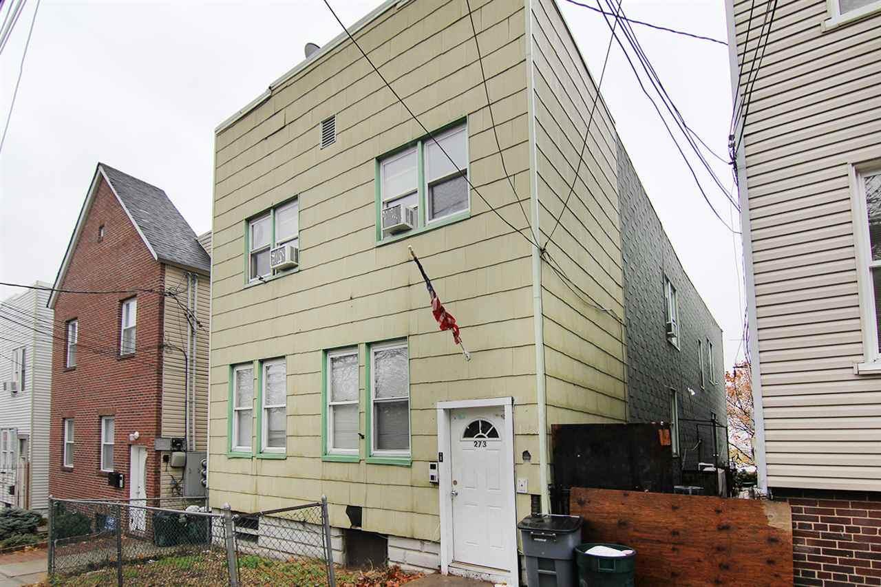 273 Liberty Ave - Photo 1