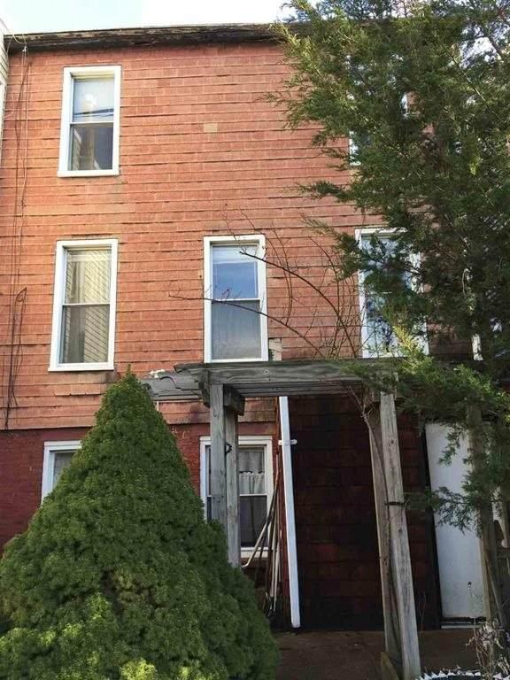 263 Ogden Ave - Photo 1