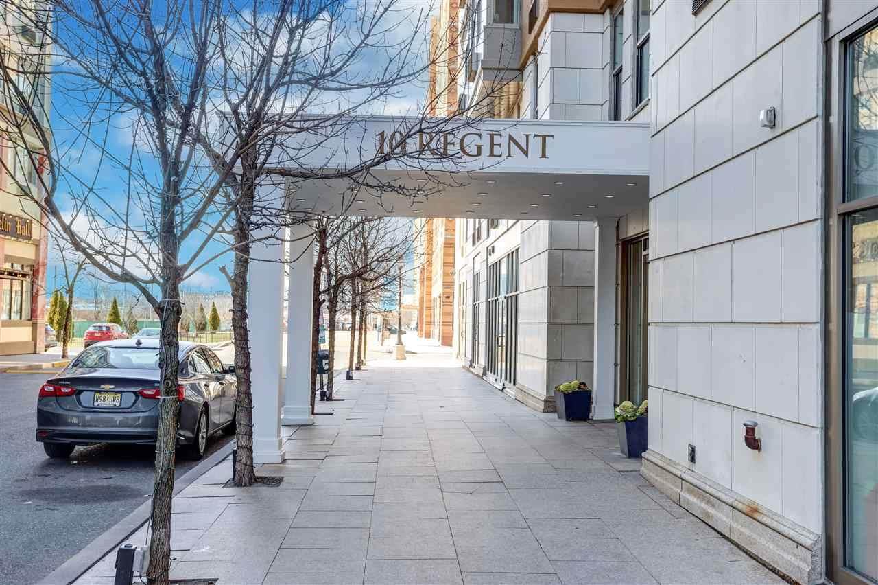 10 Regent St - Photo 1