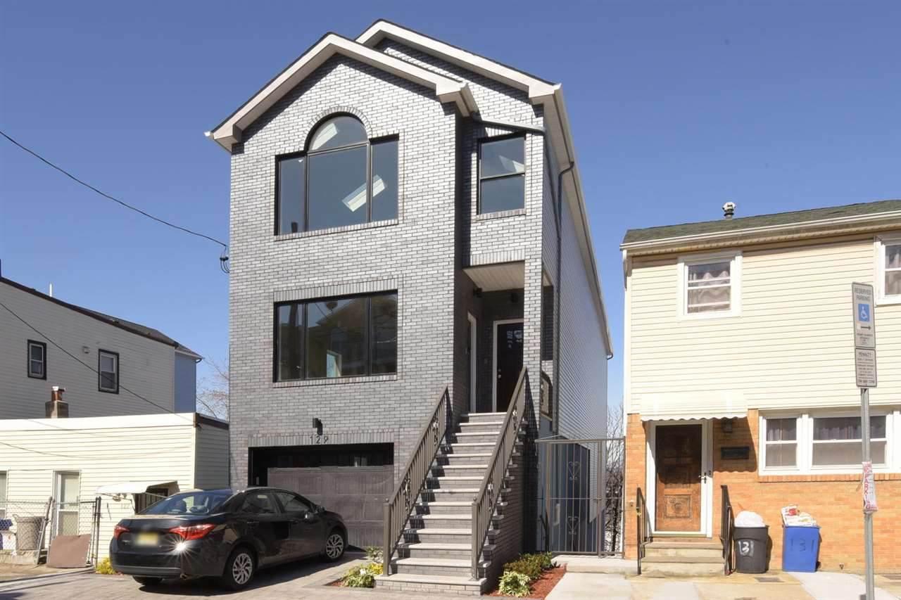 129 Terrace Ave - Photo 1