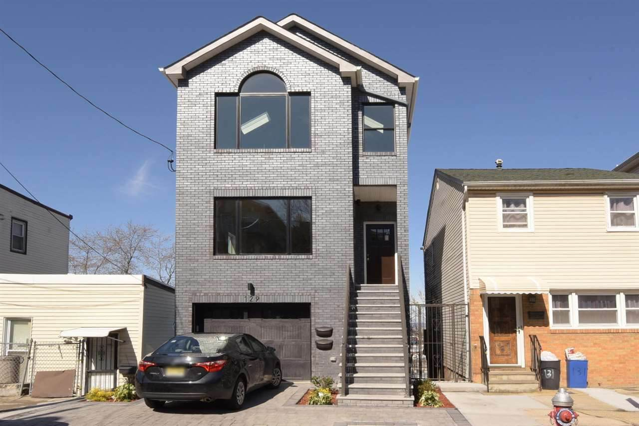 129 Terrace Ave - Photo 1