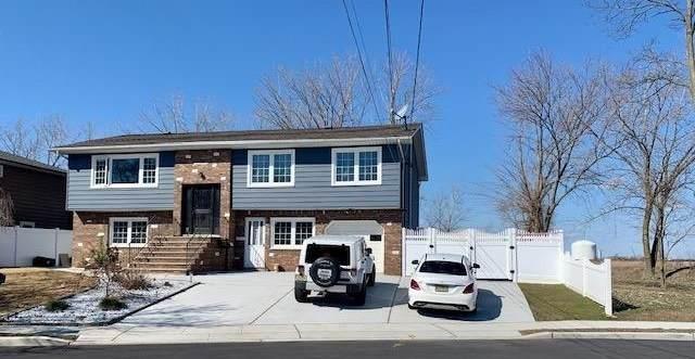 49 Mill Ridge Rd, Secaucus, NJ 07094 (MLS #202008285) :: The Sikora Group