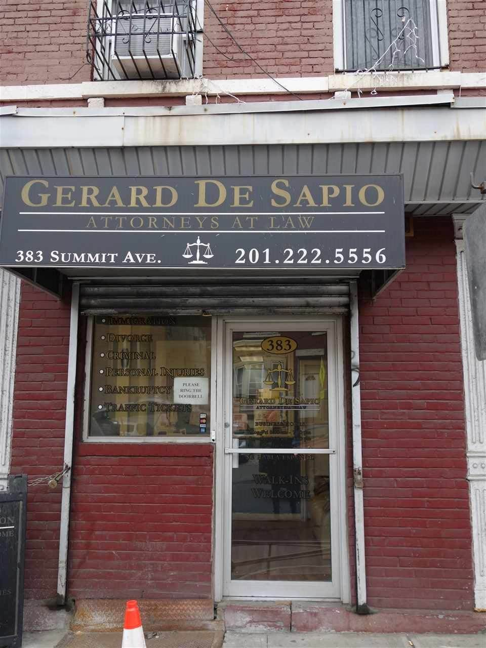 383 Summit Ave - Photo 1