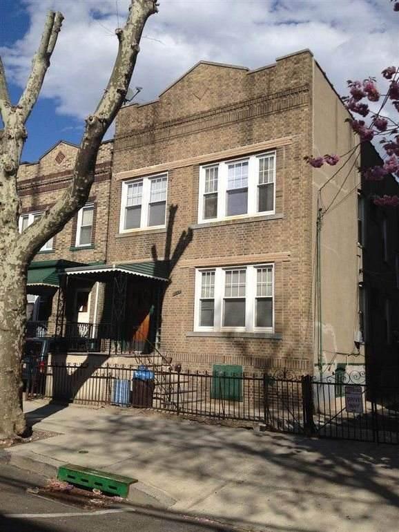 166 Ogden Ave, Jc, Heights, NJ 07307 (MLS #202009023) :: Hudson Dwellings