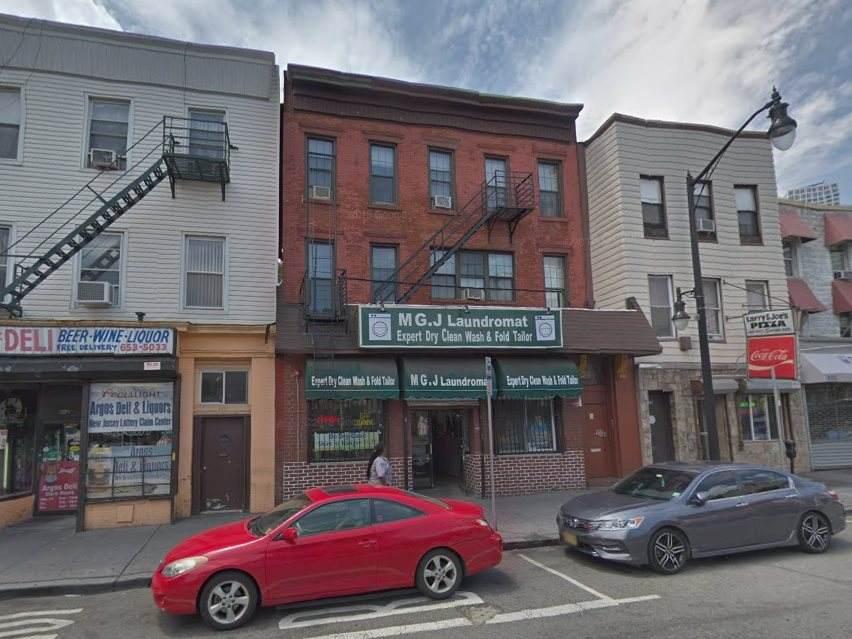 531 Newark Ave - Photo 1