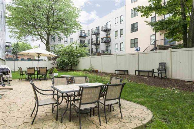 510 Monroe St #306, Hoboken, NJ 07030 (#202009268) :: NJJoe Group at Keller Williams Park Views Realty