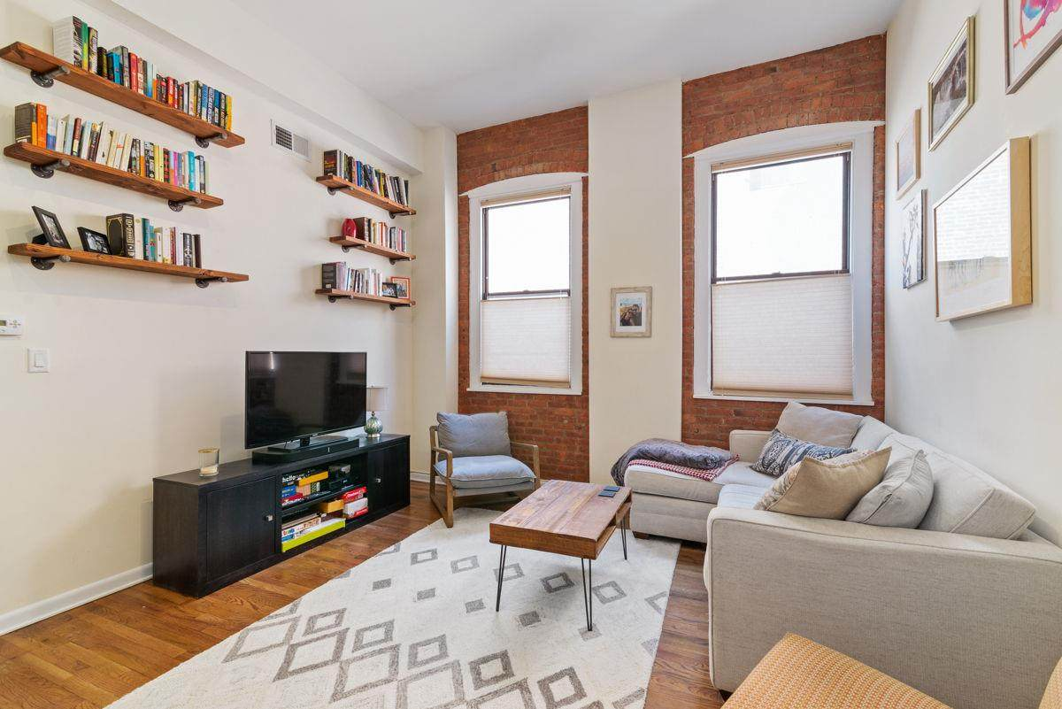 347 Varick St - Photo 1