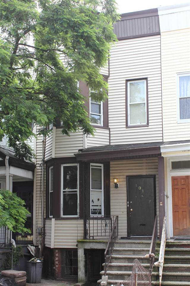 101 Belmont Ave, Jc, Journal Square, NJ 07304 (MLS #202012519) :: The Trompeter Group