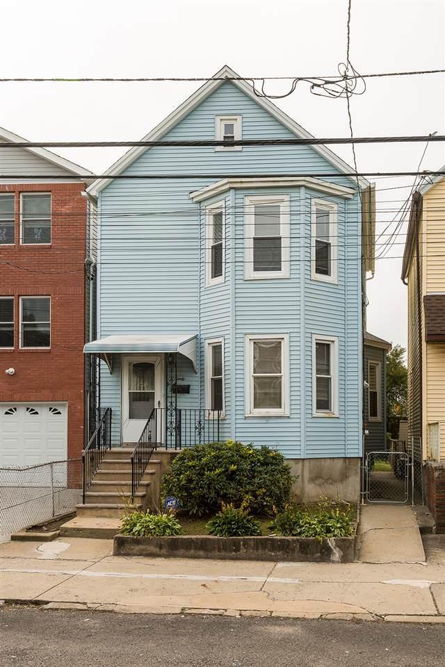 90 West 44Th St, Bayonne, NJ 07002 (MLS #202013449) :: The Sikora Group
