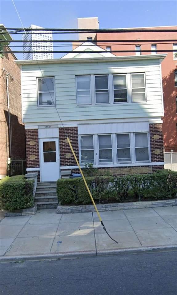 259 Baldwin Ave, Jc, Journal Square, NJ 07306 (MLS #202013809) :: Hudson Dwellings