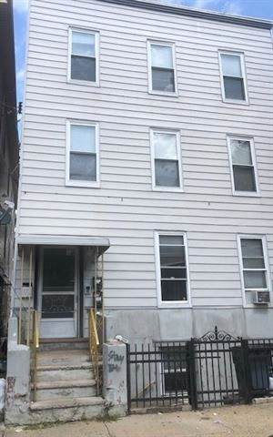 110 Beacon Ave, Jc, Heights, NJ 07306 (MLS #202013815) :: Hudson Dwellings