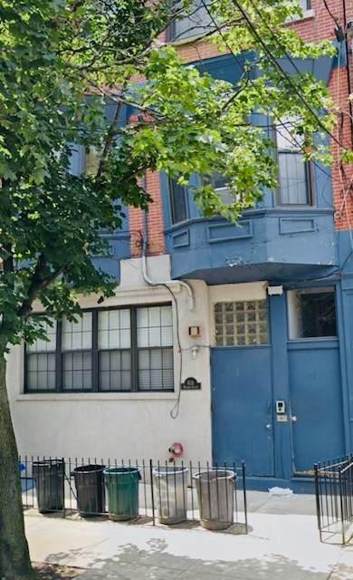 418 Madison St - Photo 1