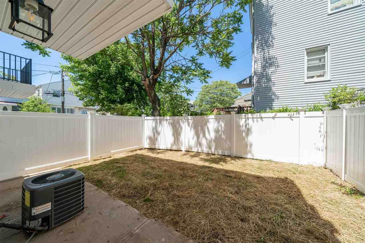 199 Garfield Ave - Photo 1