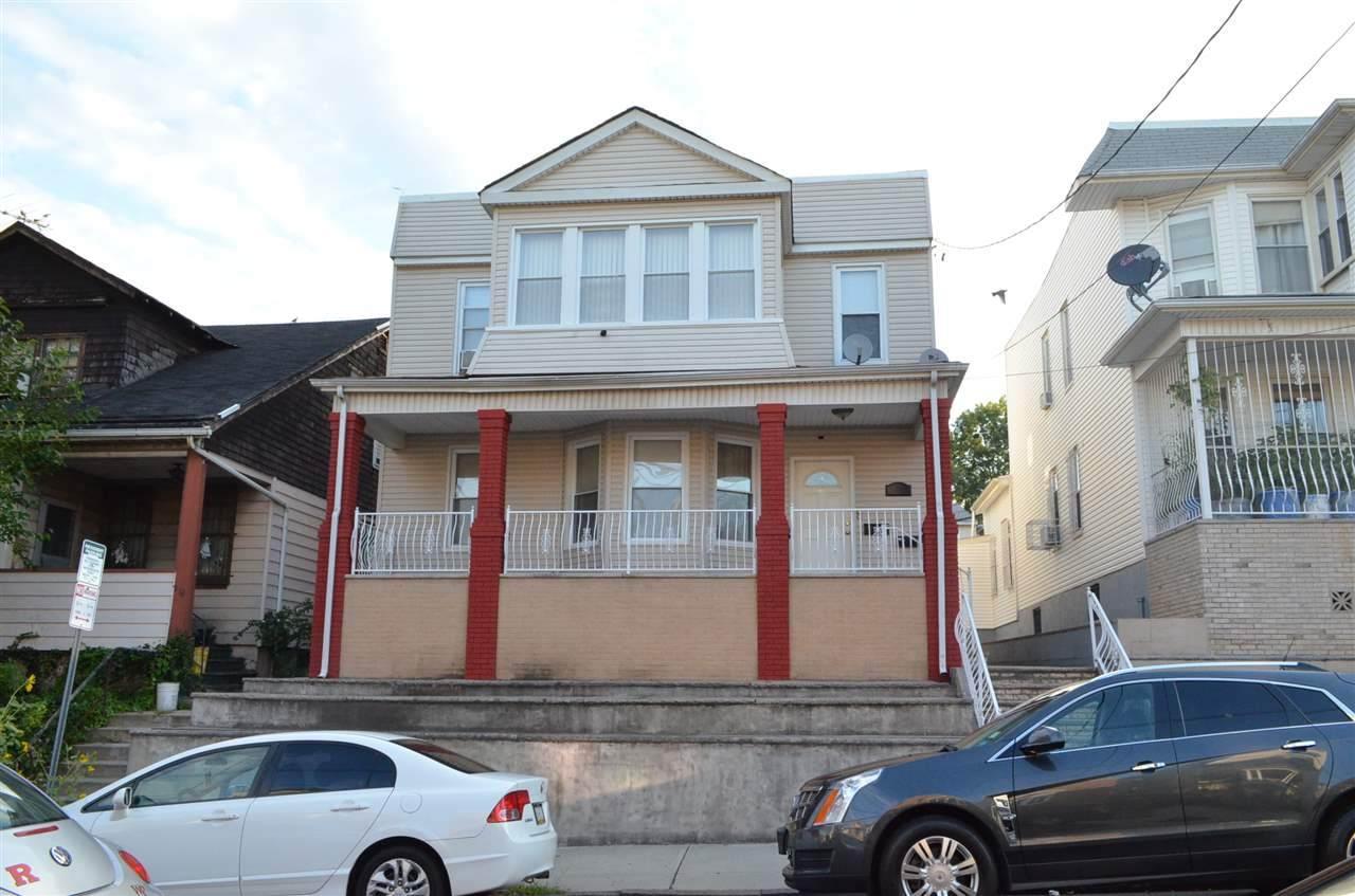278 Fulton Ave - Photo 1