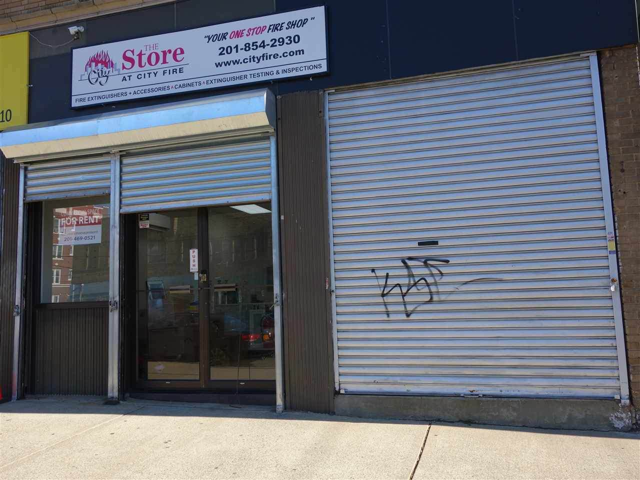 2260 Kennedy Blvd - Photo 1